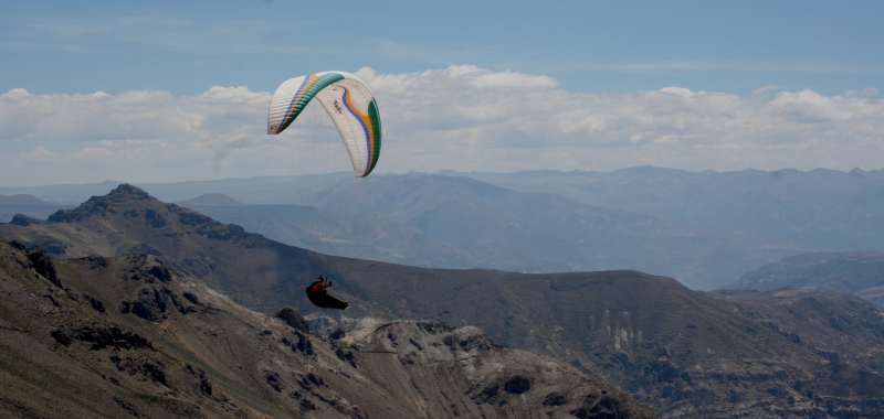 Paraglider in Peru
